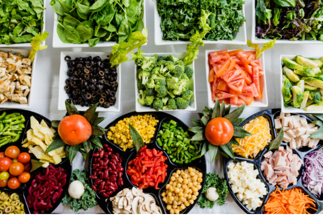 Why Choose A Dietitian to Help Reach your Health Goals Instead of Other Sources?